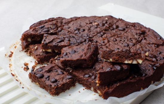 Fudgy keto brownie with walnuts